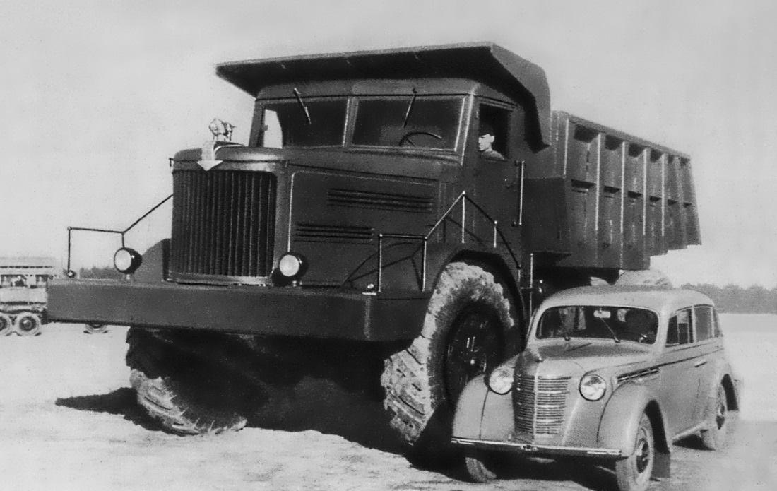 Maz-525-Moskvich-400