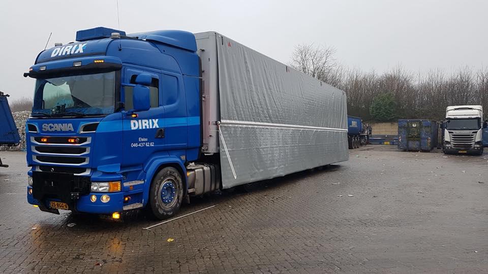 Scania-met-nieuwe-beschermingzeil--Walking-floor-is-veel-onderhoud-succes-1