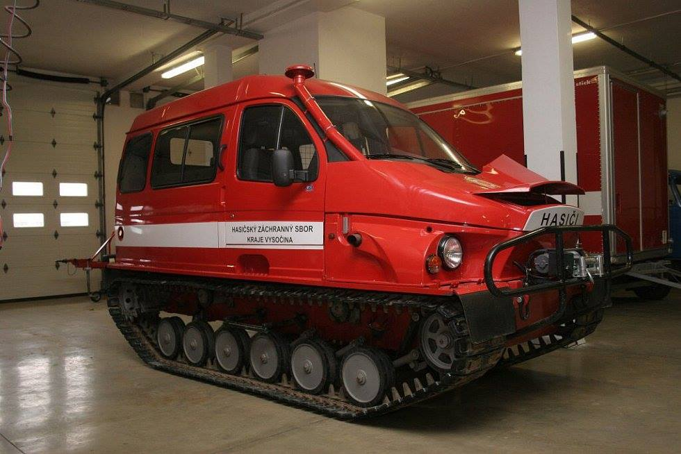 GAZ-3409-Amphibious-Tracked-Vehicle-1