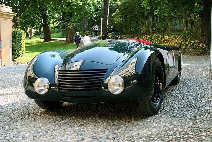 Alfa-Romeo-8C-1