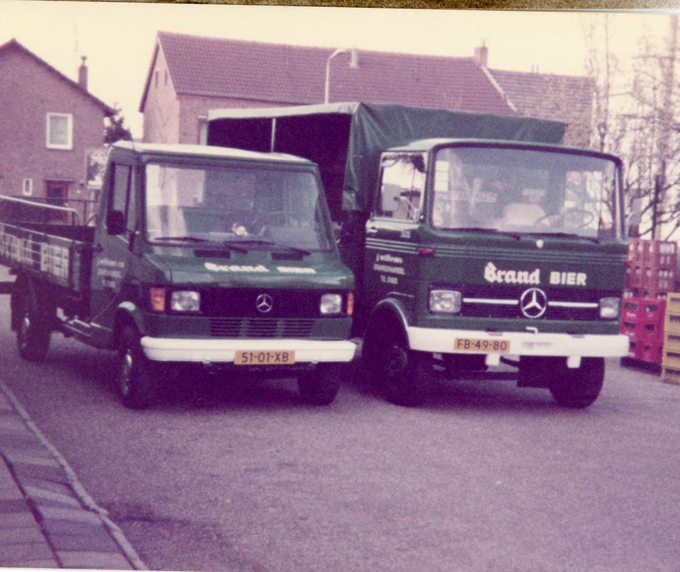 Wagenpark-Drankenhandel-J.-Willems-zn-Nieuwenhagen-begin-jaren-80