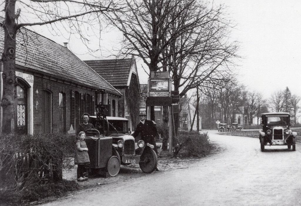 Garagebedrijf--smederij-de-Vries--Winneveer-1927