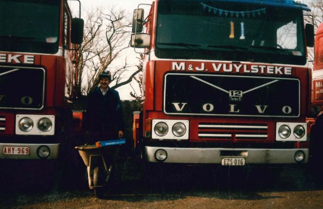Volvo-F-12-4
