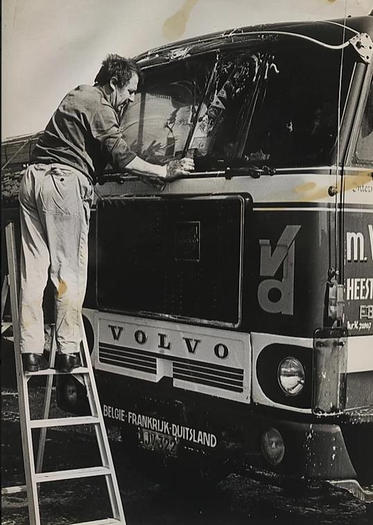 Volvo-F-88-8