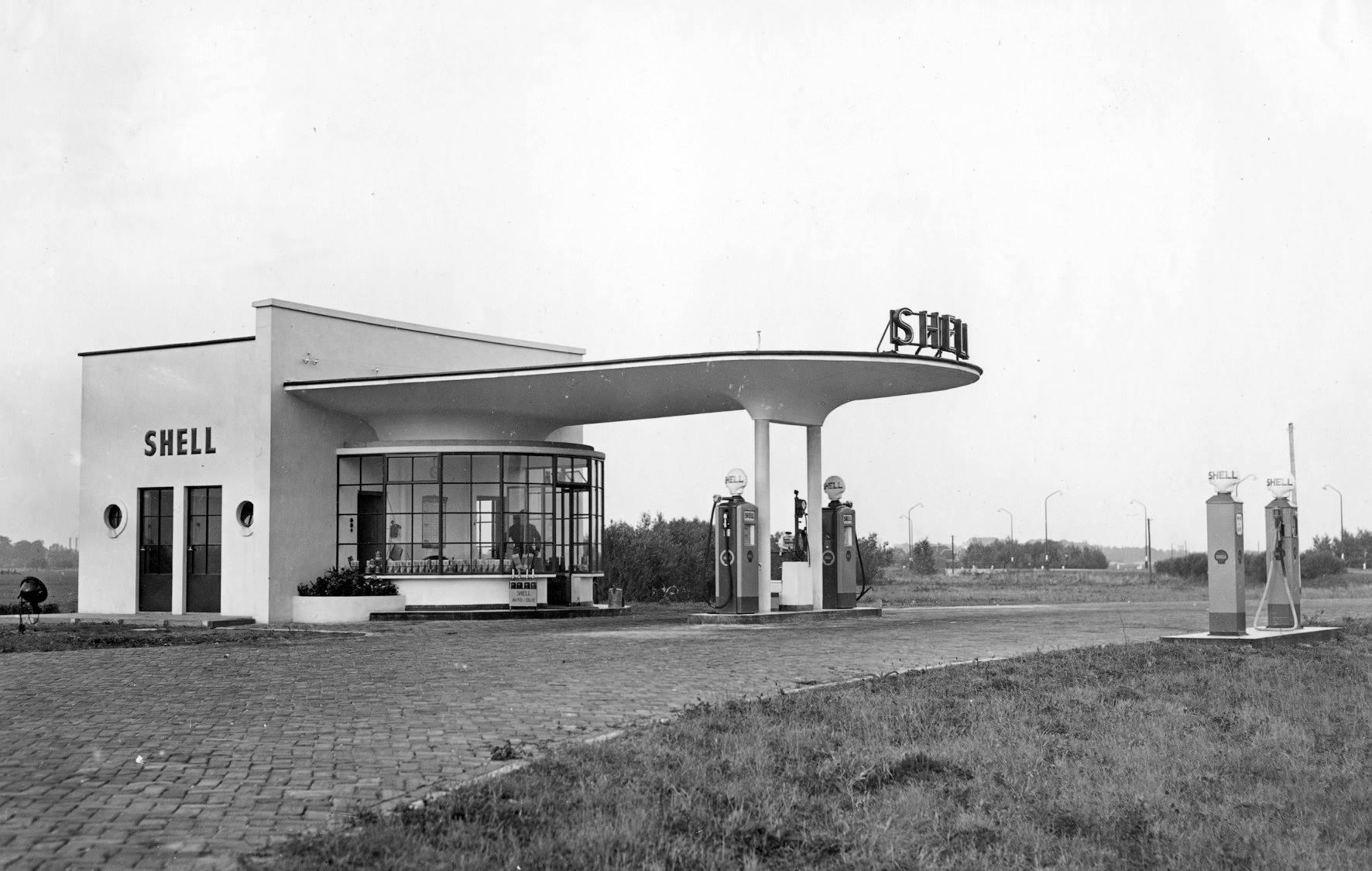 Shell-Benzinestation-Oudenrijn-Rijksweg-12-1939-