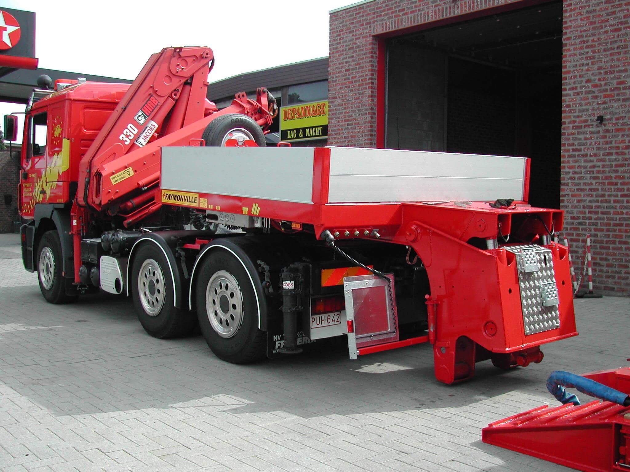 Dieplader-zwaar-en-uitschuifbaar-transport--3