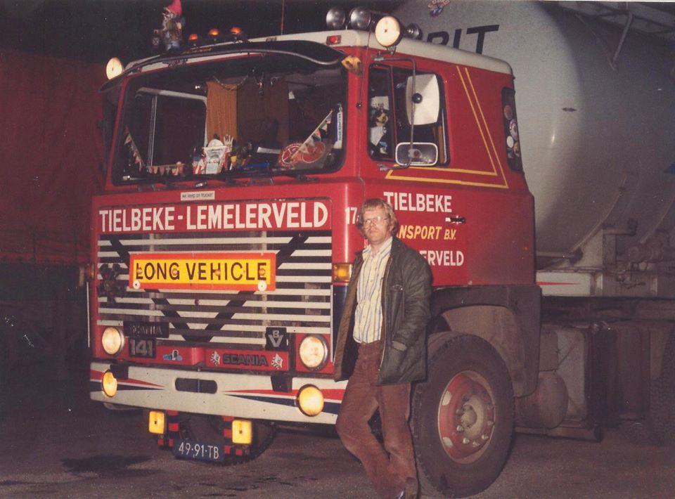 Bernard-Haaijer--Had-de-vrachtwagen-altijd-thuis--Altijd-voor-dag-en-dauw-weg-zag-ik-later-pas-wat-heeft-mij-zoon-er-nu-weer-opgeplakt--was-gewoon-111-