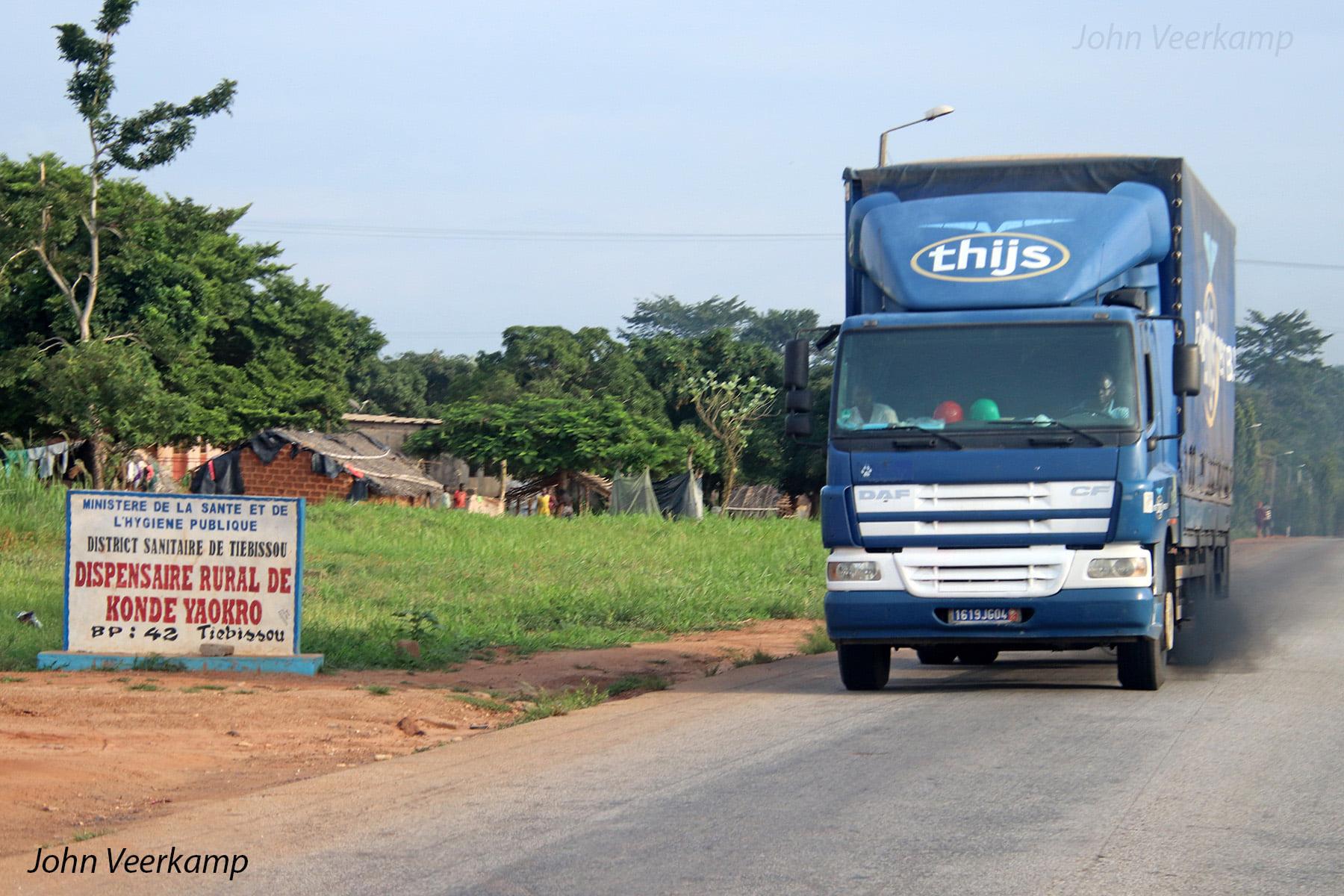 Yamoussoukro--Ivoorkust--Om-precies-te-zijn-in-Konde-Yakro