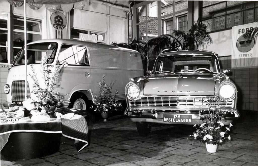 Ford-garage-Jac-van-den-Berg-aan-de-Blekersdijk-in-Dordrecht-Roland-Jacobse-archief-3