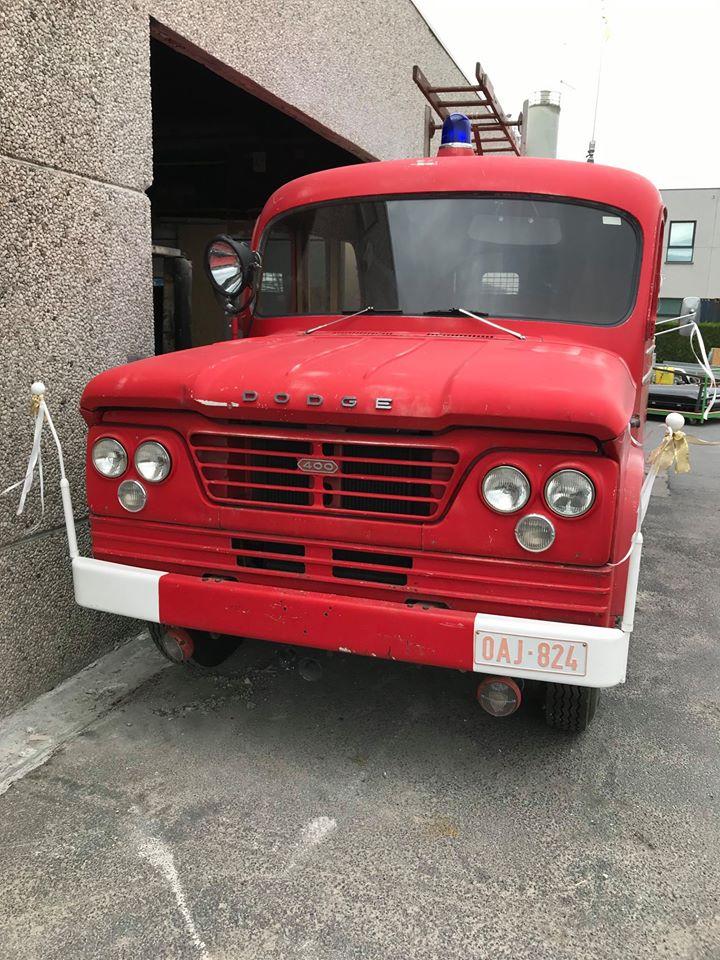 Dodge-D400-1963-64-1