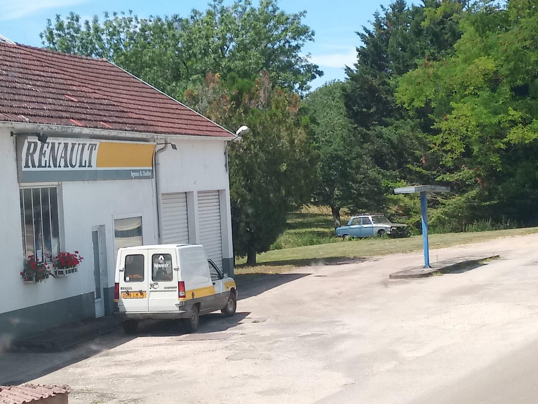Renault-Agence---Relais-St-Christophe-a-Champlitte--1