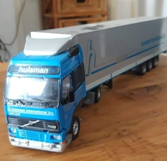 Volvo-Model-van-john-Koolhout-l
