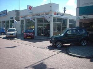 Suzuki-Dealer-auto-Amsetlstad-Minnervalaan-Raimomdo-ter-Haak-was-hier-monteur-3