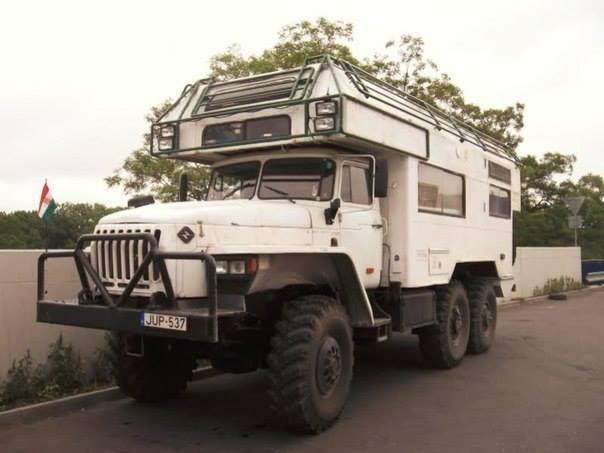 URAL-6x6-Camper-Truck