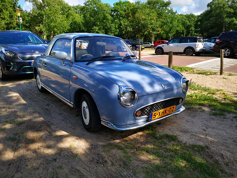 Nissan-Figaro-4