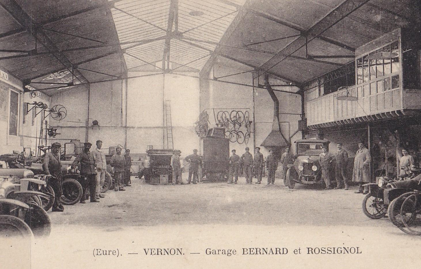 renault-Le-garage-Rossignol-24-uur-later-was-alles-plat-gebombardeerd