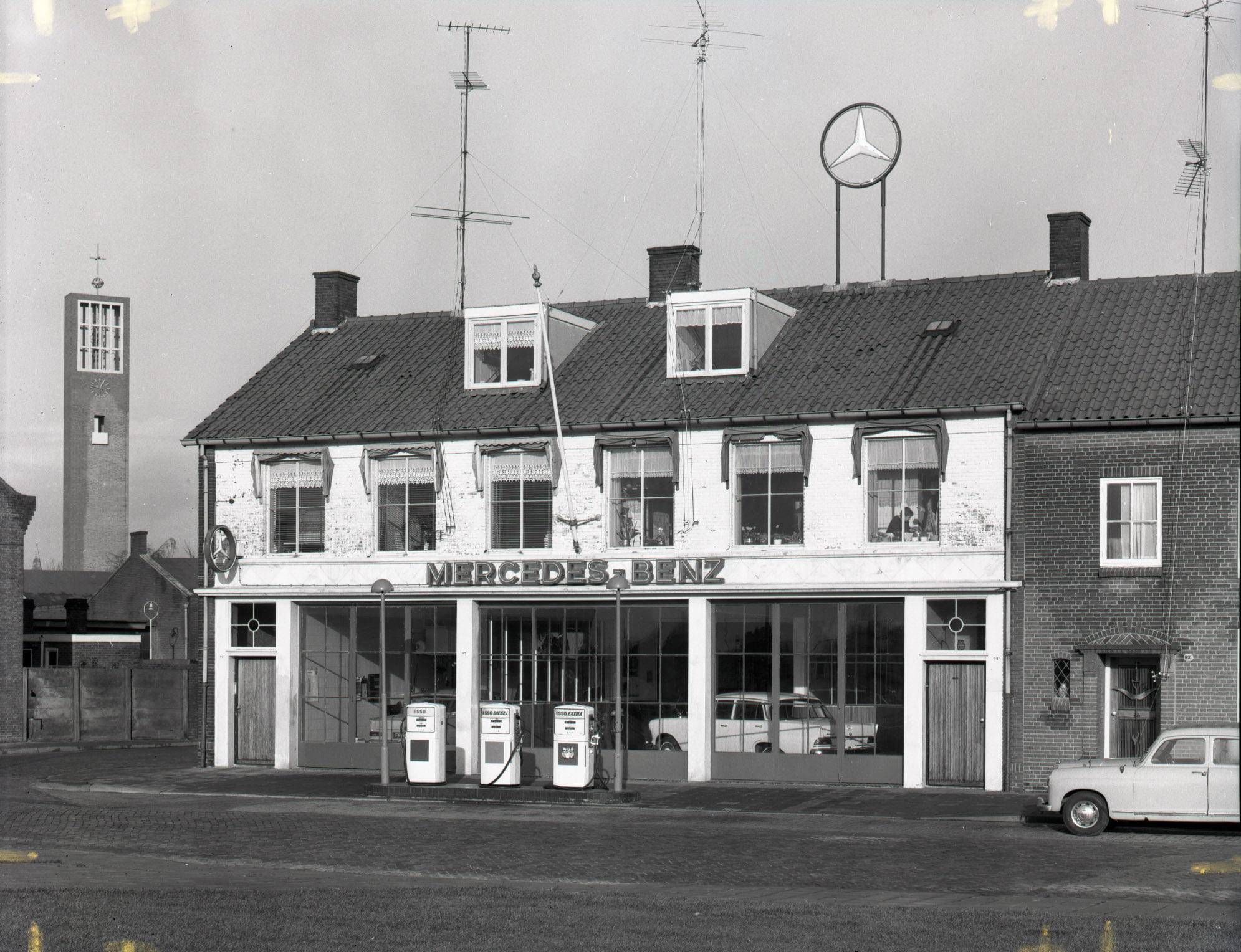 Mercedes--Putters--hoevenseweg-Tilburg-1960