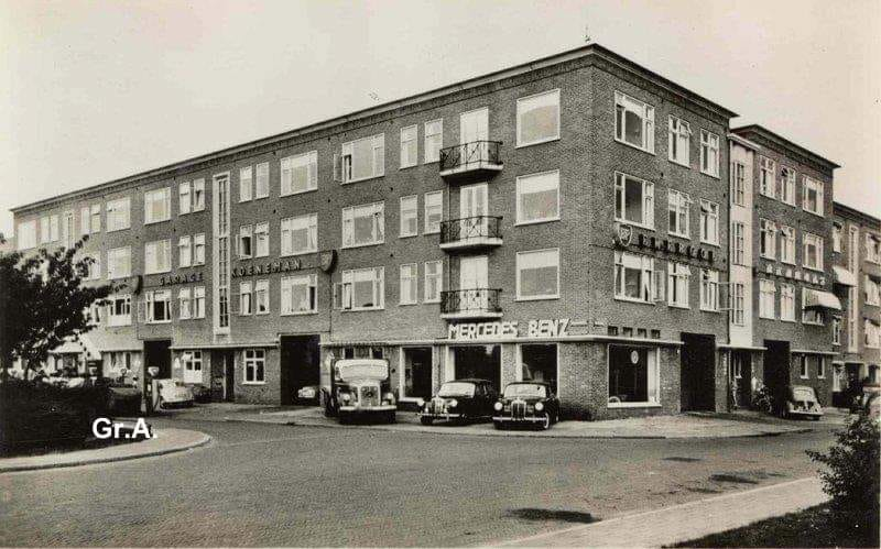 Mercedes-dealer-Koeneman-Wielewaalplein-Groningen-omstreeks-1955
