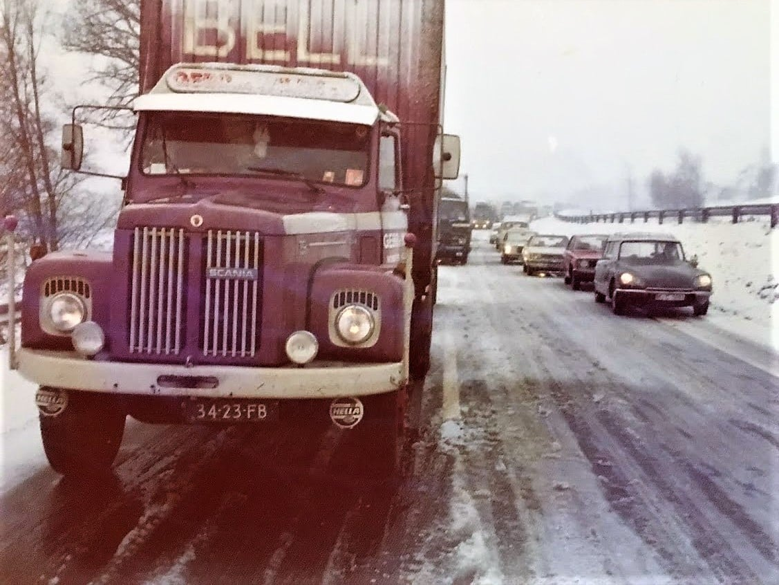 Scania--Onderweg-en-geen-kettingen--Age-Troost