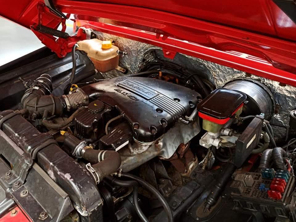 Chevrolet-C-10-1973-6-Cyl--2
