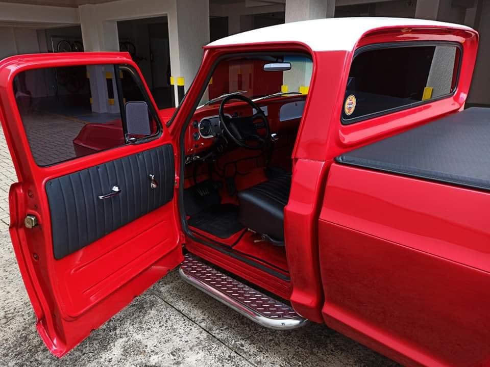 Chevrolet-C-10-1973-6-Cyl--4