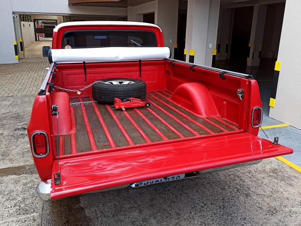 Chevrolet-C-10-1973-6-Cyl--5