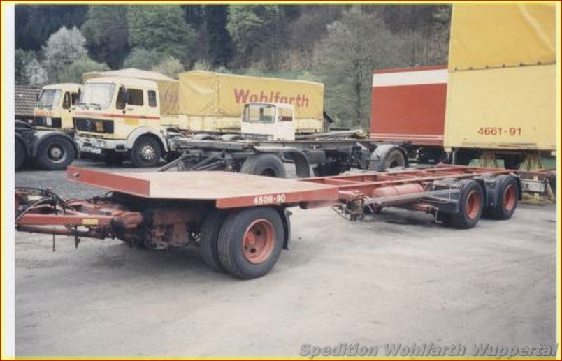 Chassis-Containers-Trailers-25