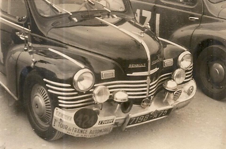 Renault-4-CV-rally