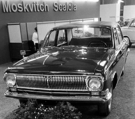 VOLGA-M24-in-europa-werden-hier-door-dealers-zelf-diesel-motoren-in-gebouwd