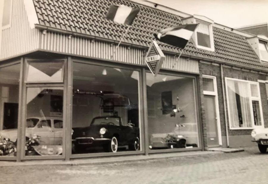 Renault-Dealer--Garage-L-Bakker--Rijssen--Tieme-Bakker-foto-(1)