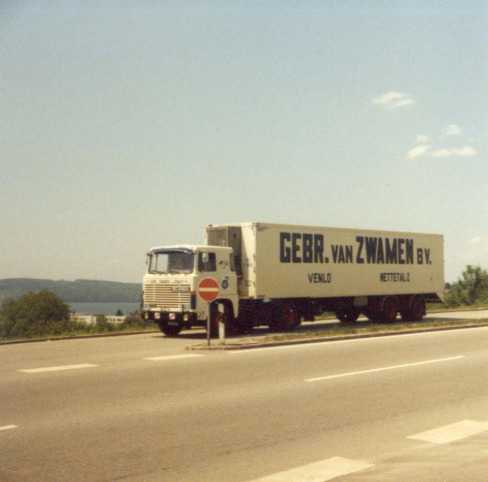 Scania-aan-het-strand-Math-Keijsers-foto