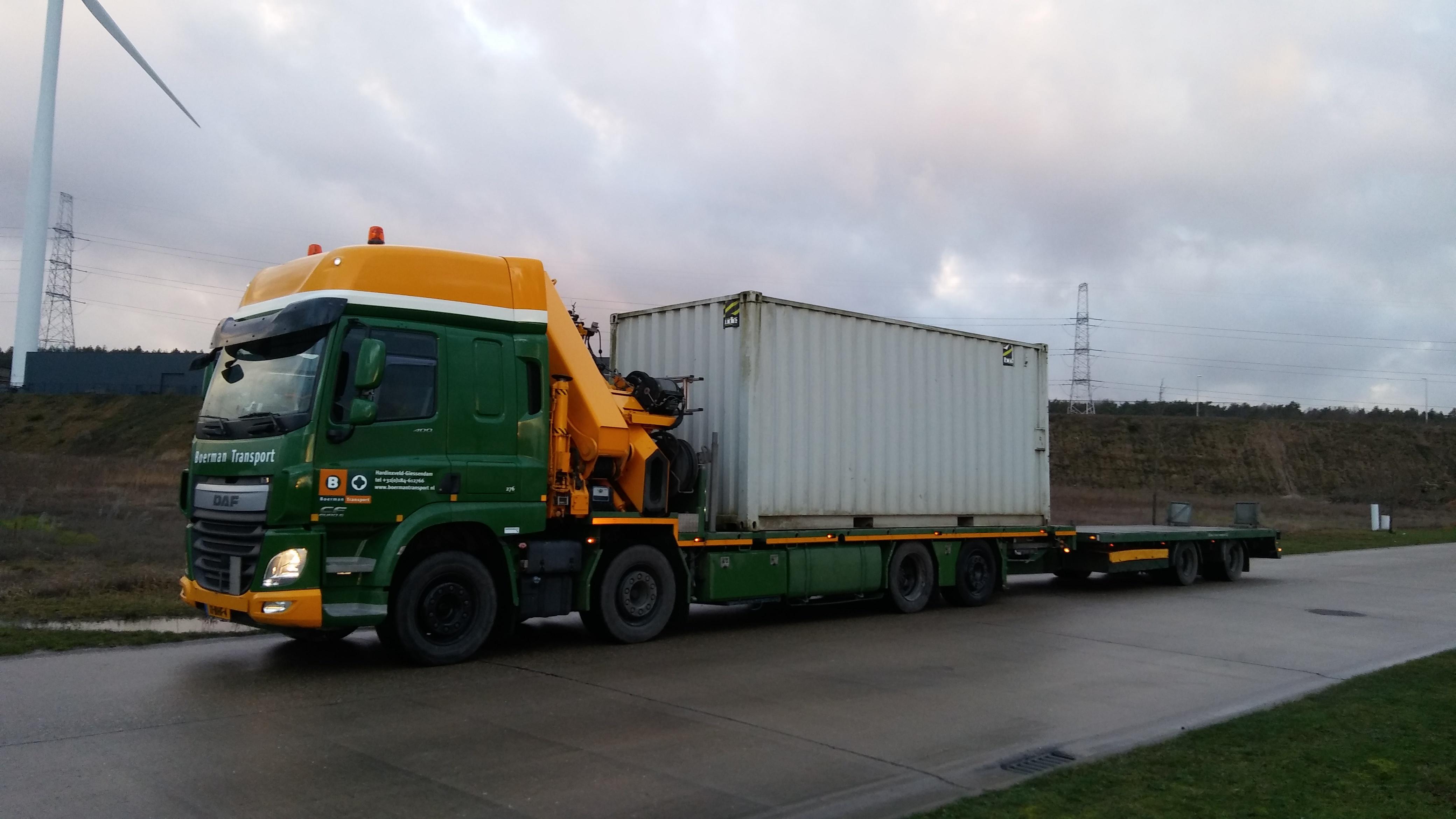 Peter-Vestjens-container-voor-Oostende-