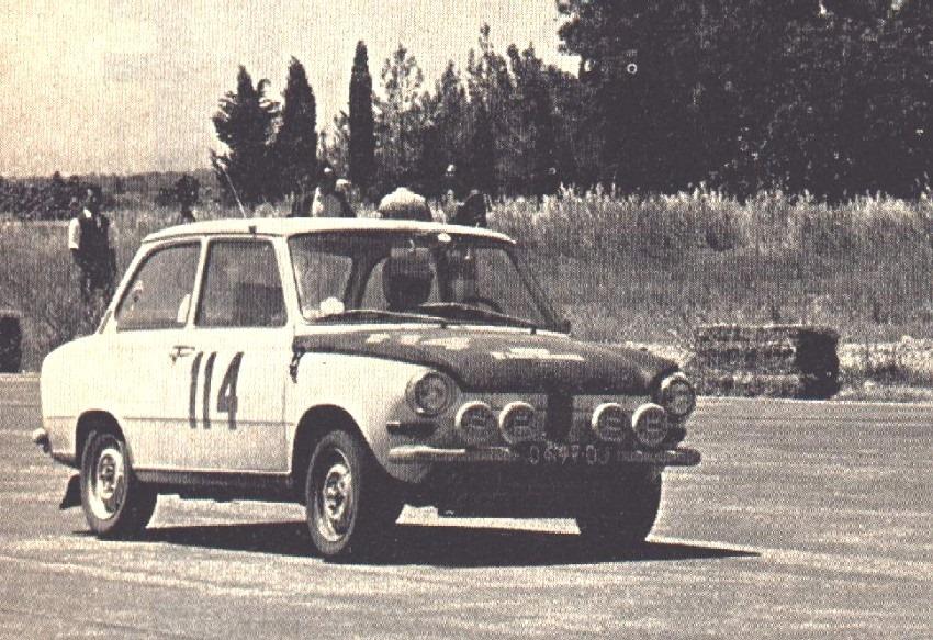 15-e-Akropolis-Rally-1967--In-Tatoi-Circuit-Claude-Laurent-met-Jacques-Coolen-en--hun-DAF-44-die-als-eerste-eindigde-in-klasse-tot-1000-cc-e--15-e-overall