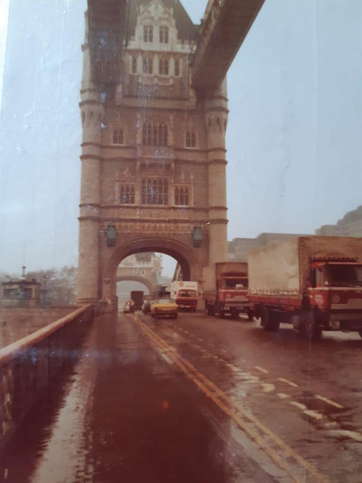 4-wagens-in-Londen