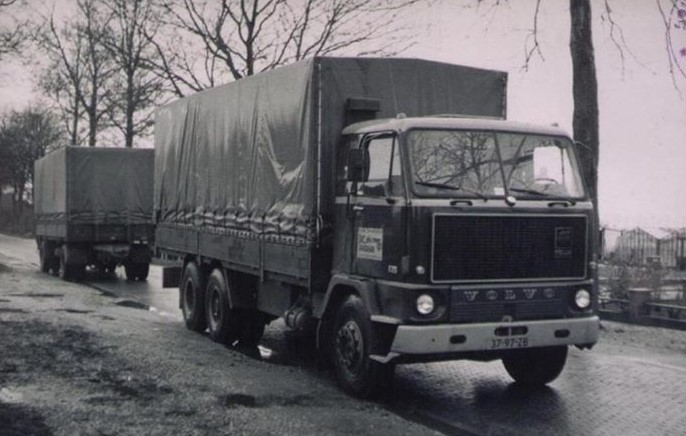 Bussing-met-Sher-van-Dongen-en-de-opvolger-Volvo-F89-2-