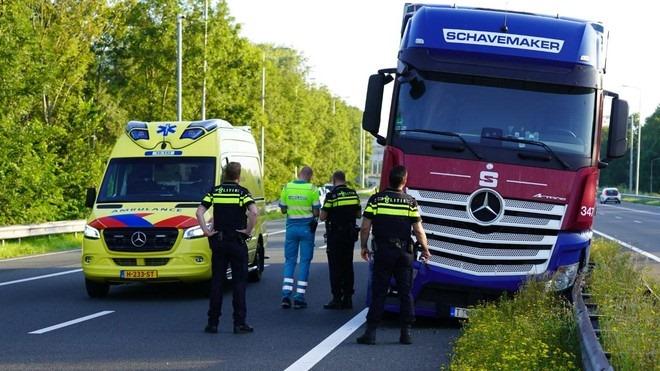 A9-Alkmaar-richting-Amstelveen-Akersloot-en-Uitgeest--1-8-2020--(2)