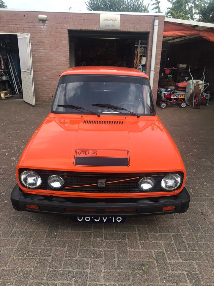 Volvo--(3)