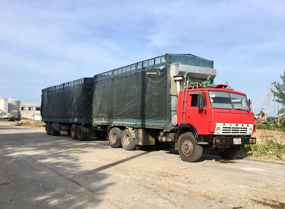KAMAZ-VIETNAM-53212