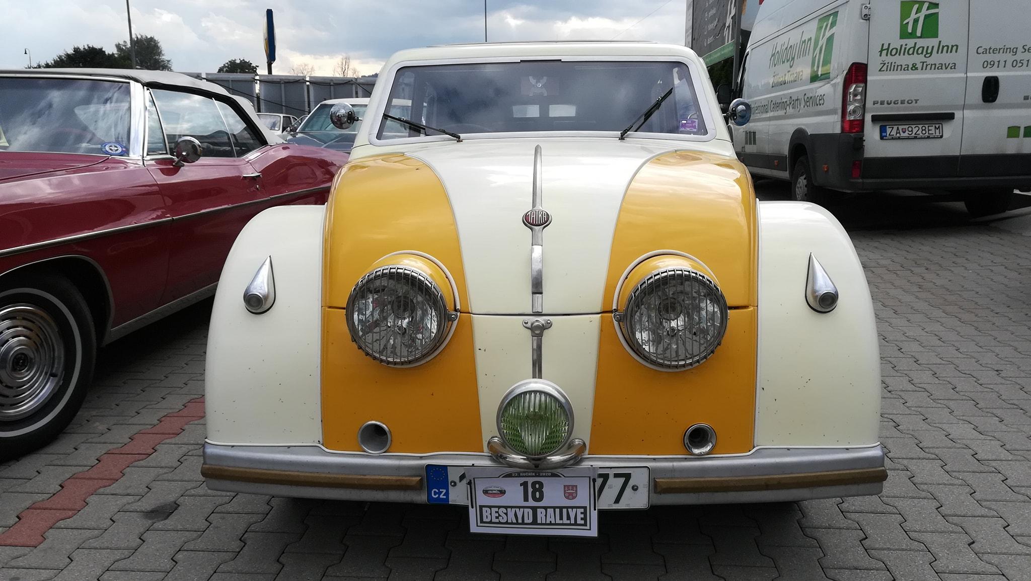 Tatra-77-1933-1934-klaar-gemaakt-voor-rally-1000-mij-in-CZ--(1)