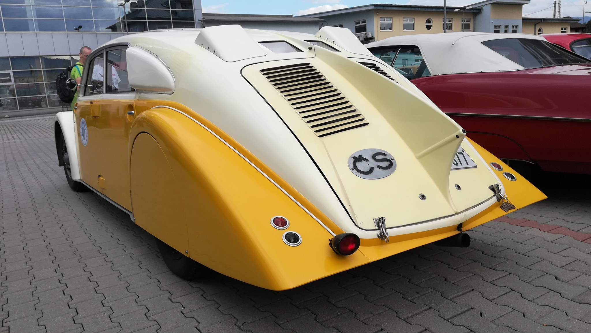 Tatra-77-1933-1934-klaar-gemaakt-voor-rally-1000-mij-in-CZ--(10)