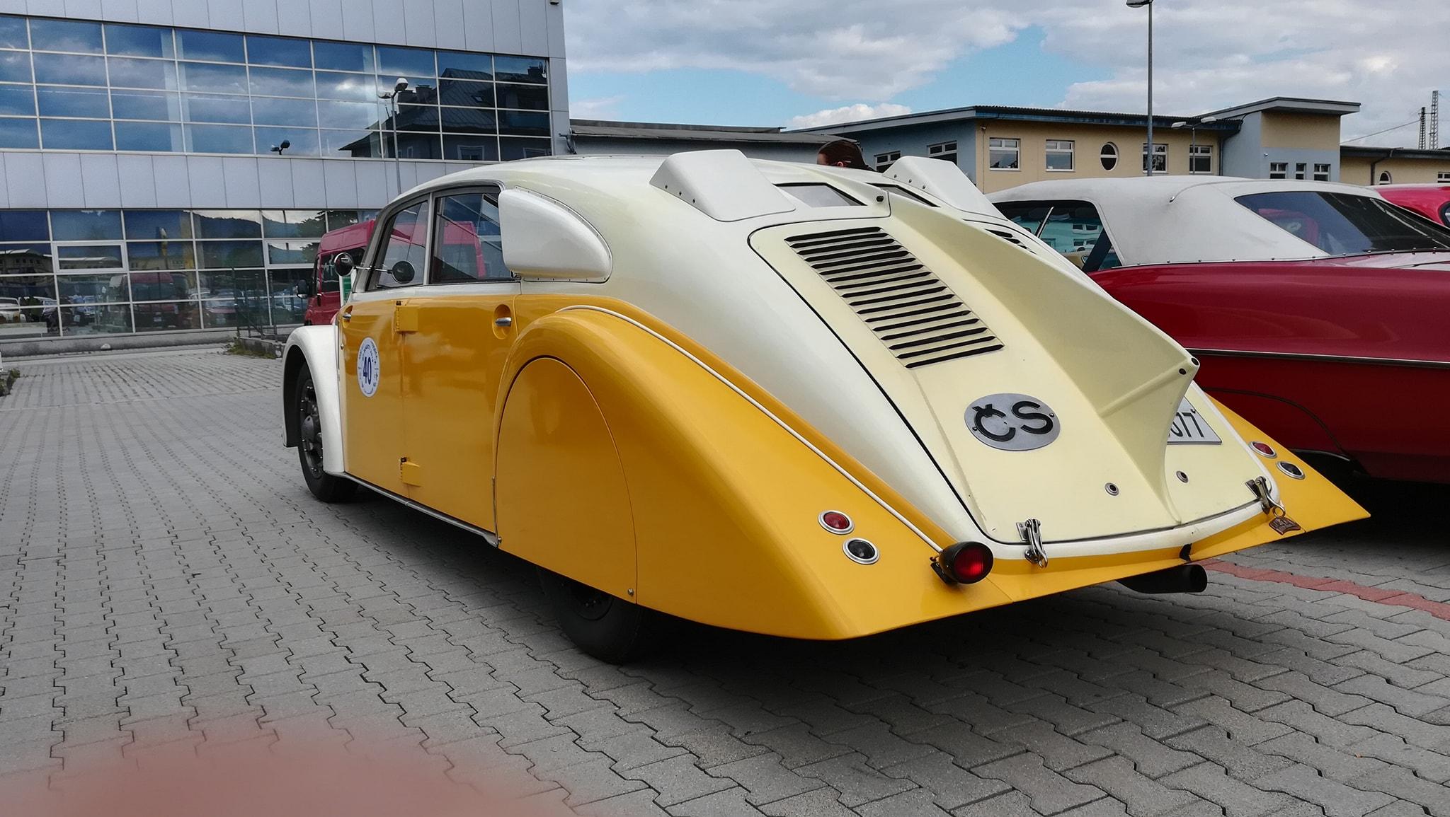 Tatra-77-1933-1934-klaar-gemaakt-voor-rally-1000-mij-in-CZ--(5)