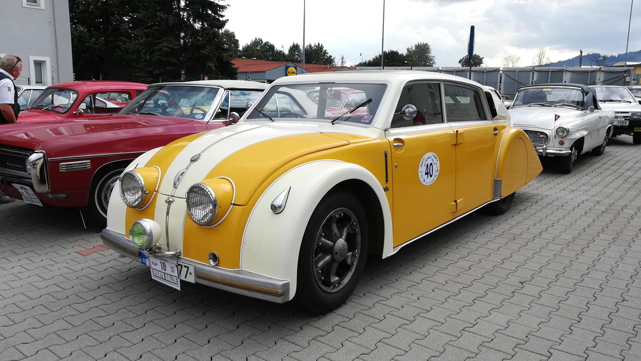 Tatra-77-1933-1934-klaar-gemaakt-voor-rally-1000-mij-in-CZ--(7)