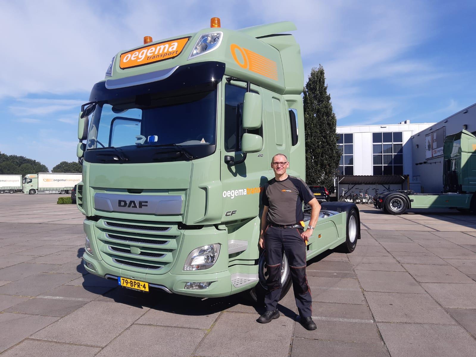 Arjan-Sliekers-trapt-af-met-het-in-ontvangst-nemen-van-de-1e-nieuwe-truck-voor-P26-6-8-2020