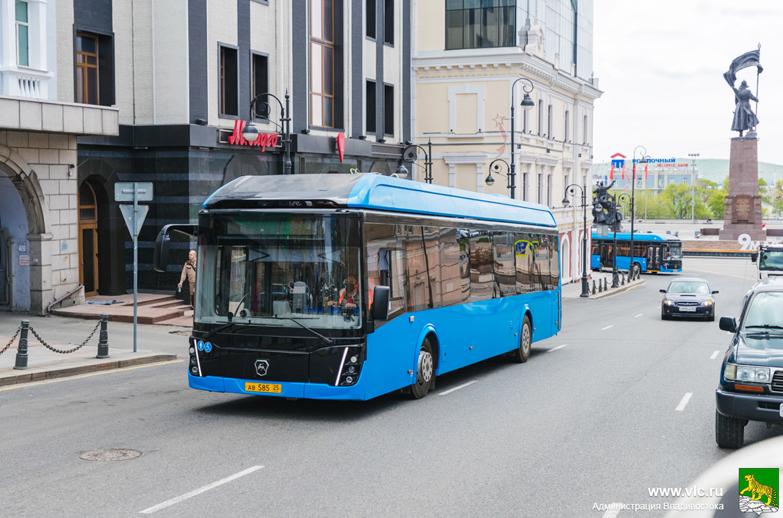 GAZ-elektrische-bussen-in-Vladivostok-proberen-hun-eerste-route-al-uit-(2)