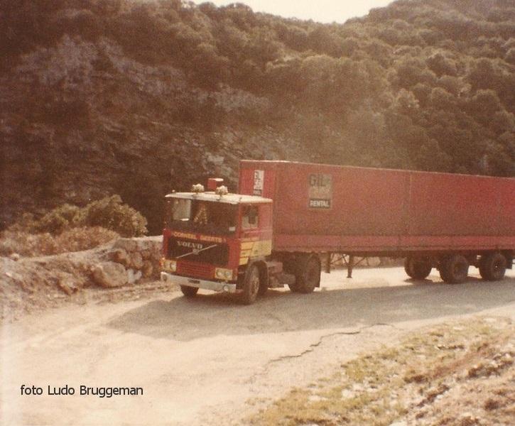 1980-Ergens-tussen-Cordoba-en-Sevilla-Toen-hadden-ze-de-autovias-en-autopistas-nog-ni-uitgevonden