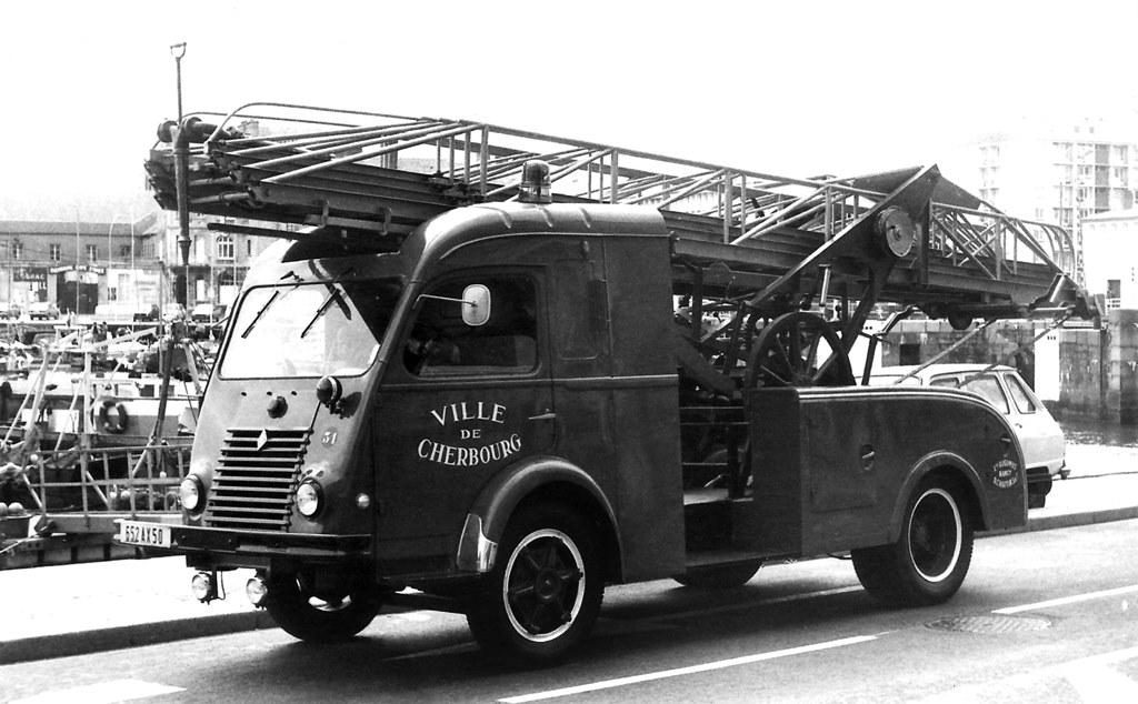 Renault-Galion-2-T5--1953