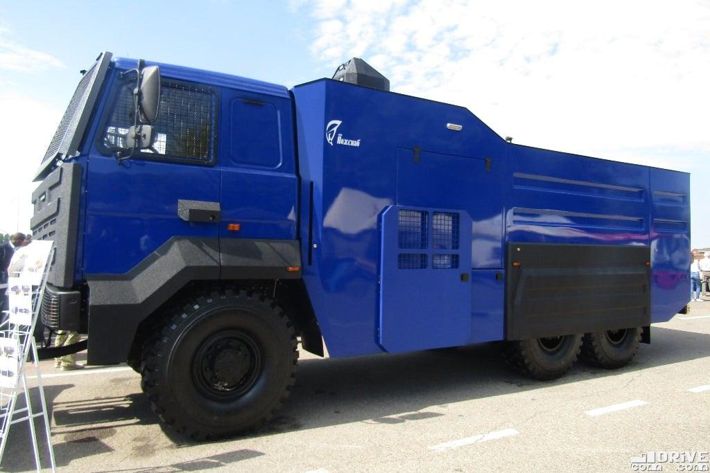 MAZ-6317-X9,-(1)