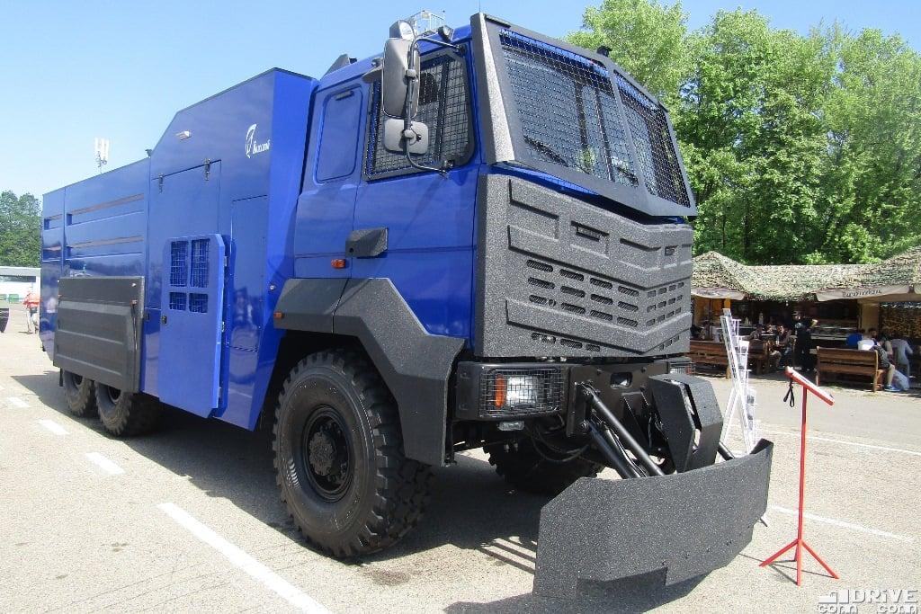 MAZ-6317-X9,-(3)