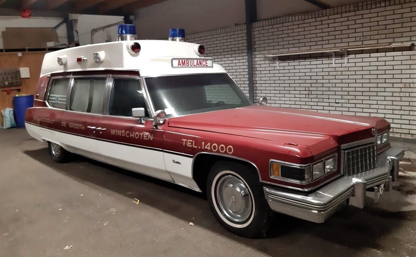Cadillac-Fleetwood-Superior