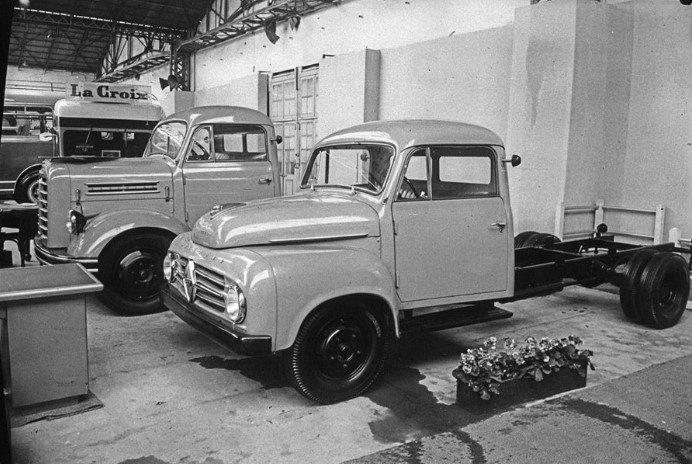 Borgward-Auto-salon-Paris-1956-archief-Paul-de-Keizer-6